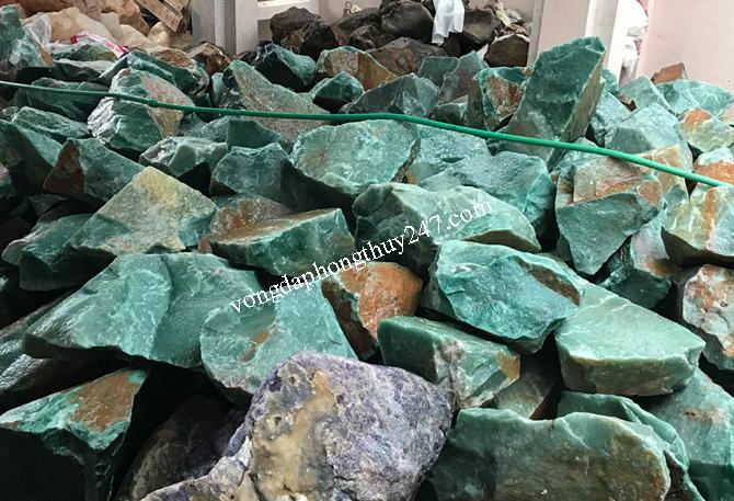 đá thạch anh xanh